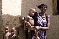 Mali, Malian woman and children