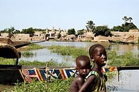 Mali, Mopti Region, Kolenze, banco village in Niger River banks