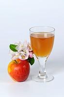 Cider vinegar, glass