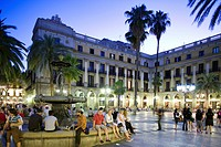 Spain, Catalonia, Barcelona, Barrio Botico District, Placa Reial