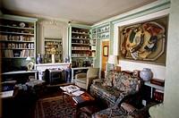 France, Tarn, Pays de Cocagne Country, Cuq le Château, Hotel Restaurant Cuq en Terrasse, chef Adonis Vassalos, lounge