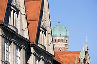 Roof tops of old town with Frauenkirche church tower, Munich, Germany (thumbnail)