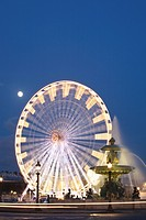 Big wheel and fountain, Place de la Concorde, Paris, France