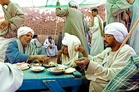Egypt, Upper Egypt, Daraw in North Aswan, animal market, restaurant