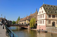 France, Bas Rhin, Strasbourg, old town listed as World Heritage by UNESCO, the Ancienne Douane Former Customs and Historical Museum on the banks of th...