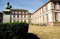 Photo essay for press only. Photo essay at the Health watch institute. Château de Vacassy, headquarter of the Health watch institute