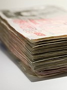 Fifty pound notes (thumbnail)