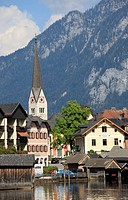 Church and houses in Hallstatt, Hallstaetter Lake, Salzkammergut, Upper Austria, Austria, Europe