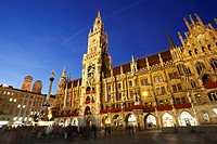 New Town Hall and Marienplatz or Mary's Square at night, Munich, Bavaria, Germany, Europe