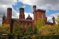 Low angle view of a museum, Smithsonian Institution, Washington DC, USA