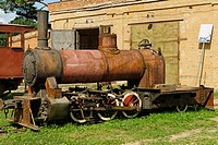 Old narrow_gauge steam locomotive, Narrow_gauge Railroad Museum in Pereslavl_Zalessky, Russia