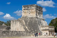 Temple at Ball Court, Mayan ruins of Chichen Itza, Mayan Riviera, Yucatan Peninsula, Mexico