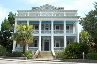 Typical residential home architecture in the town of Beaufort, Confederate States architecture, South Carolina, USA
