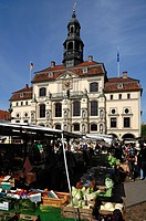 Old town hall with a baroque facade, market stalls, Lueneburg, Lower Saxony, Germany, Europe