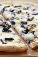 Gluten free Mushroom & Cheese Pizza