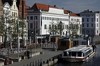 Musikhochschule academy of music and waterfront promenade at the Untertrave river, Hanseatic City of Luebeck, Schleswig_Holstein, Germany, Europe