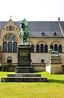 Kaiserpfalz, Imperial Palace, and monument for Friedrich I Barbarossa, Imperial Palace, Goslar, Eastphalia, Germany