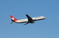 Turkish Airlines commercial aircraft Airbus Boeing 737_800 during climb flight
