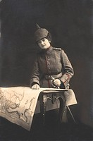 Historic photograph, Miss Lieutenant Soldier, around 1916