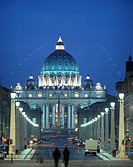 St Peter´s Basilica at dusk