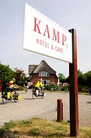 Kamps Hotel & Cafe, signpost, cyclists in Keitum, Sylt island, North Frisia, Schleswig-Holstein, Germany, Europe
