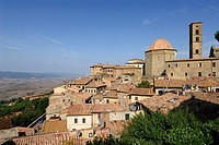 Volterra  Tuscany  Italy  The ancient town of Volterra overlooking the Val di Cecina