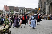 Traditional costume group from the Bodensee Heimat und Trachtenverband e.V., Lake Constance Homeland and Traditional Costume Society, Heimattage Ulm F...