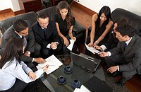 Querformat,Person,Personen,4,mehr als 4 Personen,People,Leute,Gruppe,Gruppen,Geschaeftigkeit,geschaeftig,Beruf,Berufe,Berufswelt,Arbeit,Arbeitsleben,A...