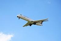Lufthansa Jet approach for a landing