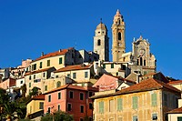 Cervo with the parish church of San Giovanni Battista, Riviera dei Fiori, Liguria, Italy, Europe