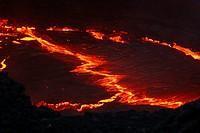 Hawaii, Puu Oo crater, lake of lava