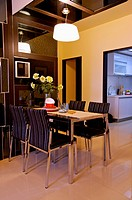 Modern Interior Design - Dining Room (thumbnail)