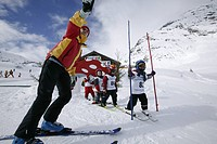 Ski Instructor with kids, Skischule, Wirl near Galtuer, Tyrol, Austria