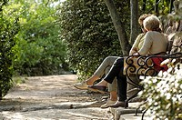 Two women sitting on a bench, Guntschna promenade, Bozen, South Tyrol, Italy