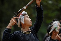 Basha man, minority people, during shooting ceremony, Basha, Guizhou, Southern China, China, Asia