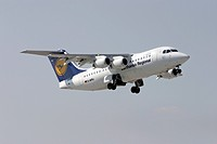 Munich, GER, 30. Aug. 2005 - The Lufthansa city liner of type Avro Regional Jet RJ85 lift off on Munich Airport.