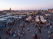 Djemaa el Fna, the famous medieval market place, Djemaa el Fna, Medina, Marrakesh, Morocco, North Africa