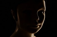 Female mannequin, portrait