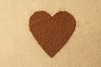 Heart made of cocoa powder