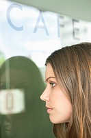 Woman at a cafe
