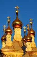 Gilded onion towers of the Russian Orthodox Church Geneva in the evening light, Geneva, Switzerland