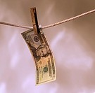 US-money-hanging-2