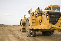 Construction front loader
