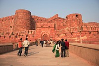Entrance to Agra Fort, UNESCO World Heritage Site, Agra, Uttar Pradesh state, India, Asia