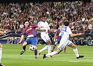 Barcelona, Camp Nou Stadium, 29/09/2009, UEFA Champions League, FC Barcelona vs. FC Dynamo Kyiv, Leo Messi and Ayila Yussuf