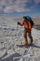 Climbing Skiing Trekking Muztagh Ata, a 7546 meter high mountain in Chinese Sinkiang.