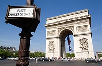 France, Paris, Arc de Triomphe, Place Charles De Gaulle (thumbnail)