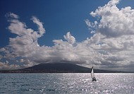 Sailing boat with Mount Vesuvius behind, Bay of Naples, Campania, Italy, Mediterranean, Europe