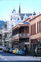 Man crossing the Long Street in front of colonial style houses, Capetown, South Africa, Africa