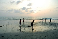 Sport, young people playing soccer on White Sand Beach, Hat Had Sai Khao, Koh Chang Island, National Park Mu Ko Chang, Trat, Gulf of Thailand, Thailan...